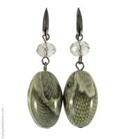 Boucles d'oreilles perle olive Python