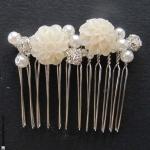 peigne cheveux mariage perles et fleurs