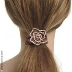 bijou de cheveux élastique  brun et camélia strass
