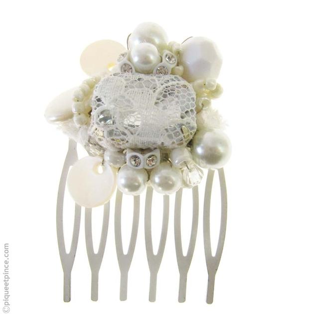 accessoires cheveux mariage peigne dentelle perles. Black Bedroom Furniture Sets. Home Design Ideas