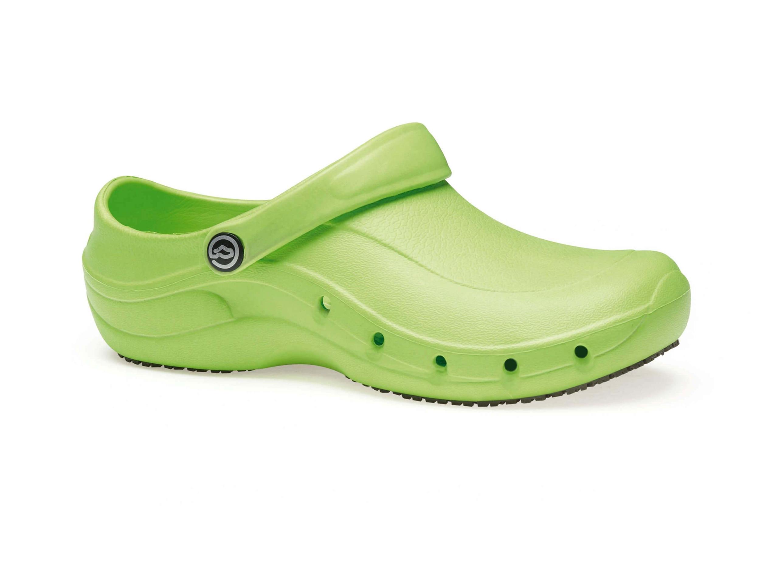 Sabot de travail vert anis ezi src nordways chaussures hopital for Plan de travail vert anis