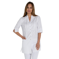 Blouse blanche esthéticienne luxe style