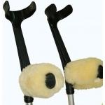 Repose main  en peau de mouton médicalisé mérinos d'Australie pour béquille et déambulateur La paire