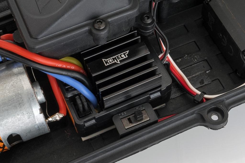 1-SL-BX8-RUNNER-G-18-RTR-BX8-Runner-Vert-type-SL-charbon_8x1200