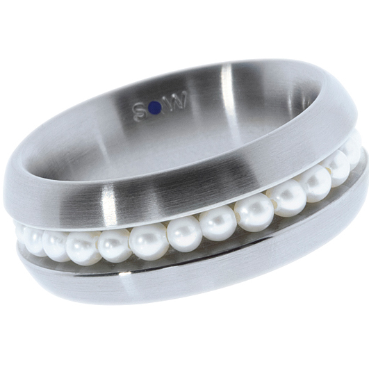 Staineless steel ring with 25 white white fresh water pearls