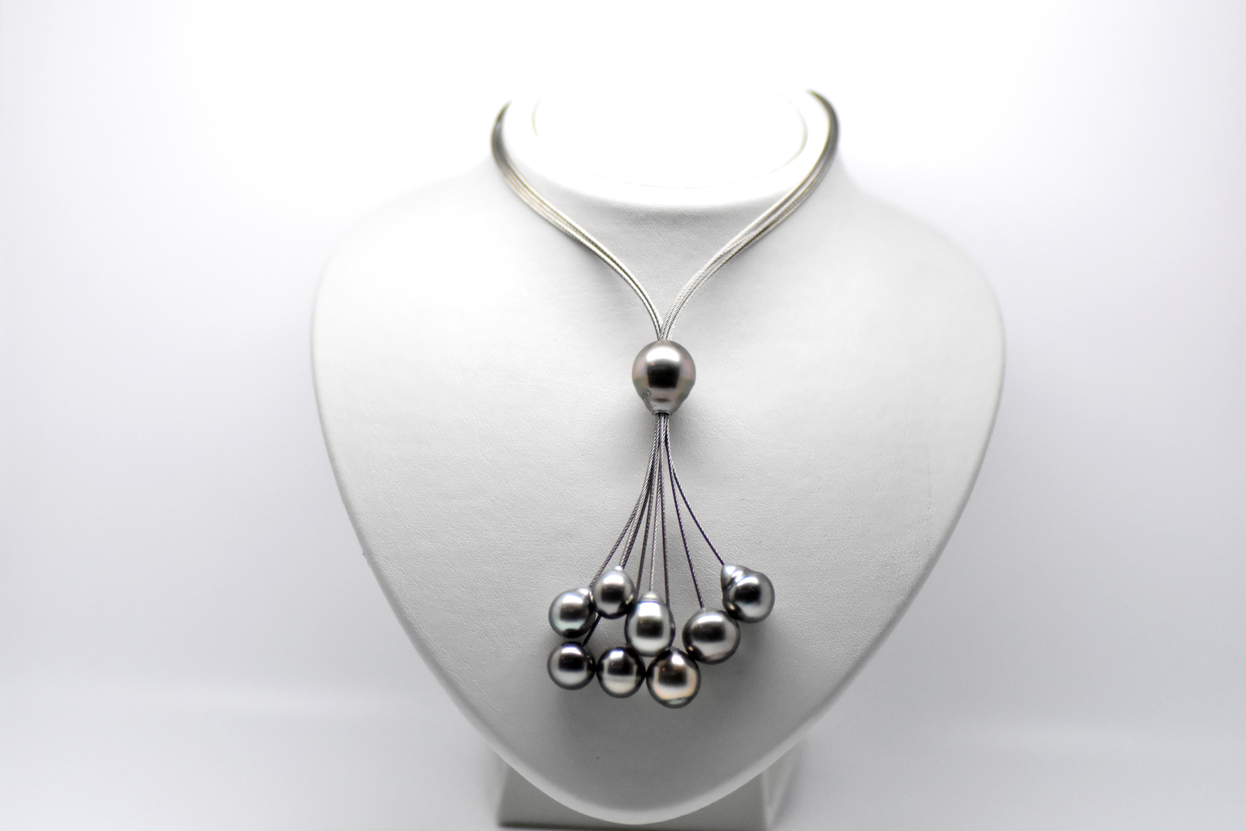 BLACK CLOUD necklace stainless steel wire with 9 Tahitian pearls