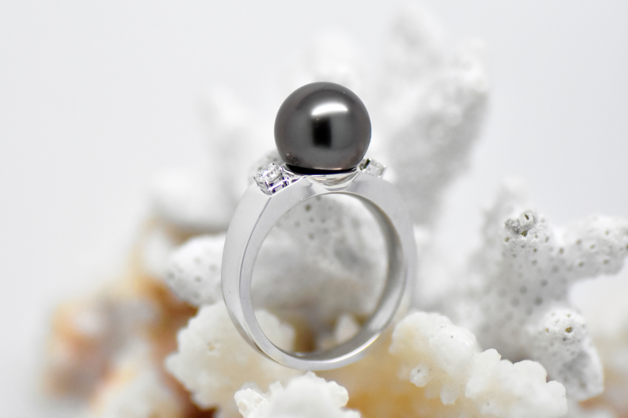 White gold ring 2 diamonds with Tahiti pearl SOLITAIRE ring