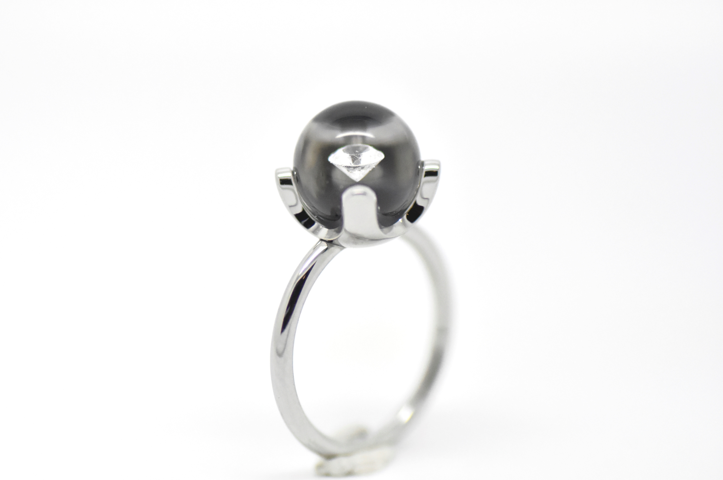 Diamond in glass chaton collection 10 mm bead ring