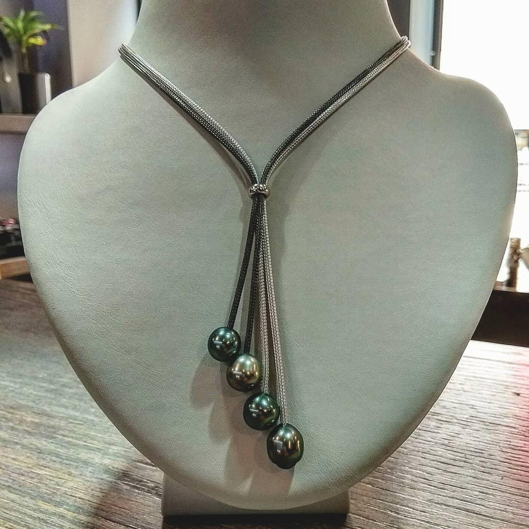 Tahiti pearl rain necklace
