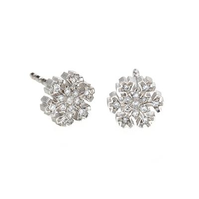 """White sparkling snowflake stud earring"" 18Kt white gold and diamonds"