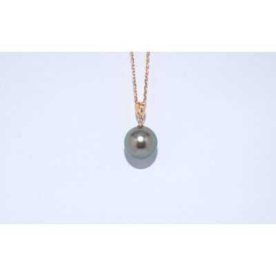 18Kt yellow gold Tahiti pearl pendant one round 9 mm light  peacock color