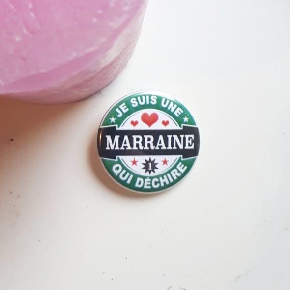 Badge : Marraine qui déchire