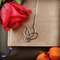Le collier de la Rose