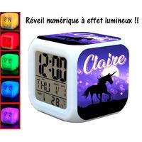 Reveil cube à effet lumineux licorne Personnalisé avec Prénom