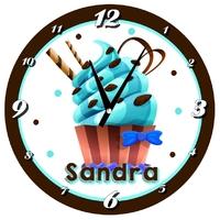 Pendule murale Cupcake passion personnalisée avec prénom