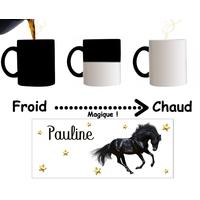 Mug tasse magique Cheval noir personnalisé avec prénom