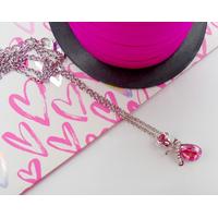 Collier pendentif Fleur rose et larme d'ange rose avec chaîne argentée