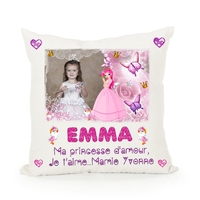 Jolie Princesse..... Coussin personnalisé montage photo, prénom, texte...