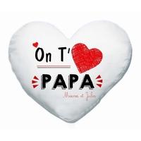 Coussin coeur blanc On t'aime papa personnalisé avec prénoms en signature