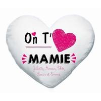 Coussin coeur blanc On t'aime mamie personnalisé avec prénoms en signature
