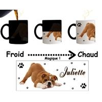 Mug tasse magique Chien Bulldog personnalisé avec prénom