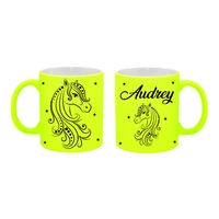 Mug (tasse) Fluo Cheval personnalisé avec prénom