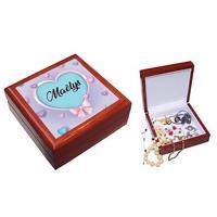 Boite à bijoux Coeurs personnalisée avec le prénom de votre choix