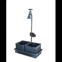 2 Pots carrés métal dans leur socle