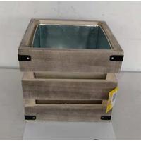 Pot carré en bois avec intérieur zinc