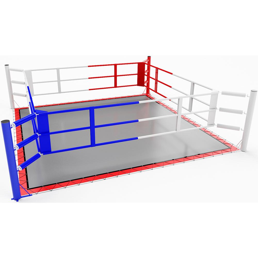 Ring de boxe au sol avec bâche et tapis