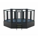 cage_de_mma_sur_podium
