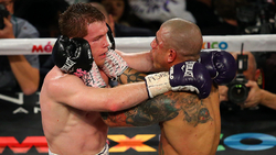 151121-cotto-vs-canelo-fightaction-1024
