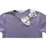 t shirt mauve detail1
