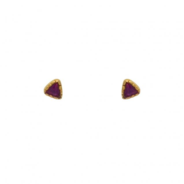 boucles-d-oreilles-dorees-et-rubis (1)