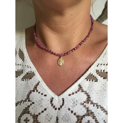 Collier Madone rose
