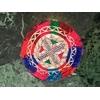 broche argentée triangles bleu rouge vert rose