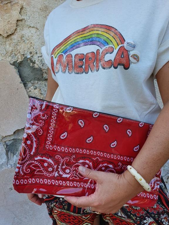 pochette bandana rouge