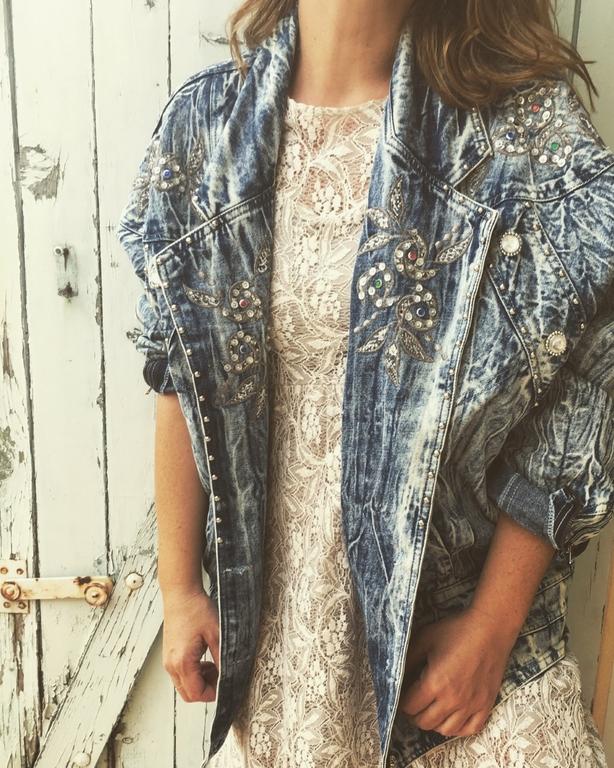 veste en jean bleached vintage portée