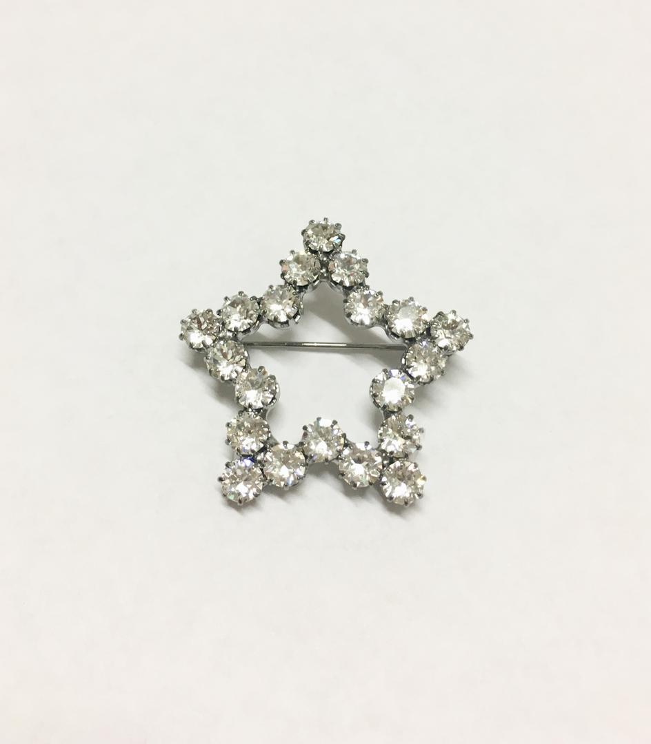 broche étoile reine rosalie