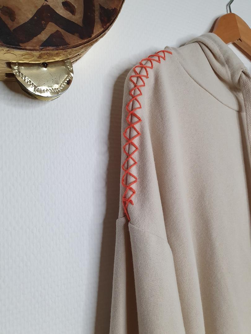 hoodie crème détail