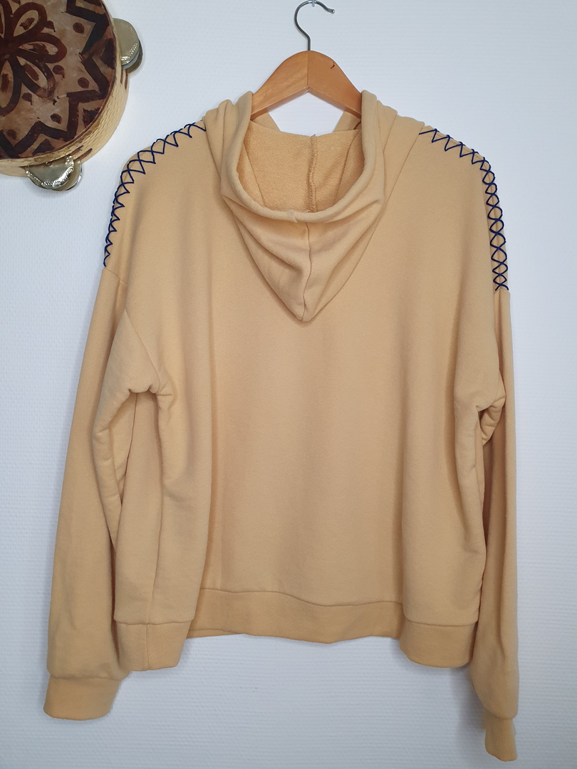 hoodie jaune dos