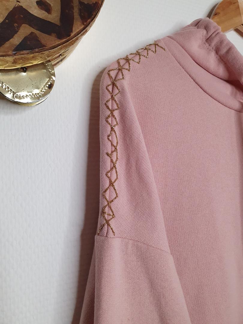 hoodie rose détail