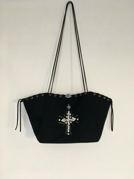 sac little cross