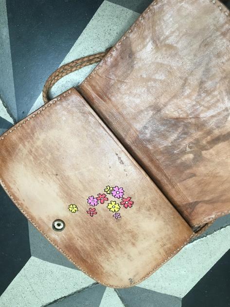 sac vintage fleurs intérieur