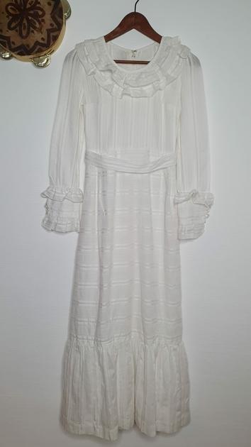 robe blanche vintage bohème