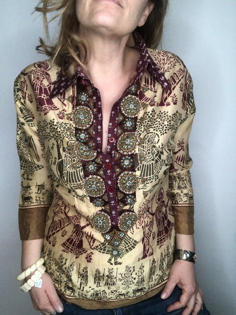 chemise indienne brodée portée bis