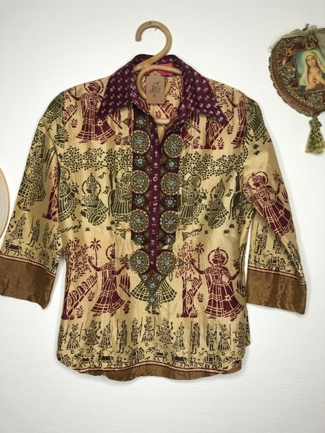 chemise indienne brodée