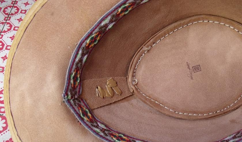 Chapeau cuir blanc 4