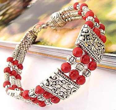 3429-bracelet-tibetain-en-corail-type-22