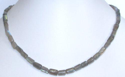 3269-collier-coussin-en-labradorite